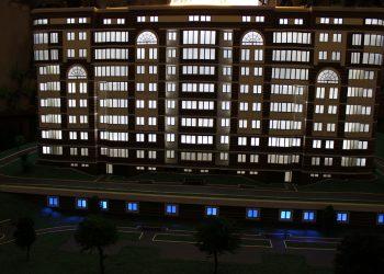 Было предусмотрена подсветка целого дома и прилегающей территории.
